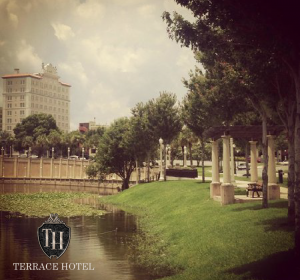 The Terrace Hotel offers opera guests room rates from $129/night.